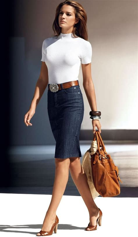 denim pencil skirts are a great way to achieve a modern