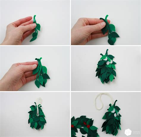 How To Make Mistletoe Out Of Paper - 4th day of tutorials diy and mistletoe for