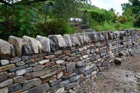 Stonetutorials Living Stone Masonry Garden Wall Capping