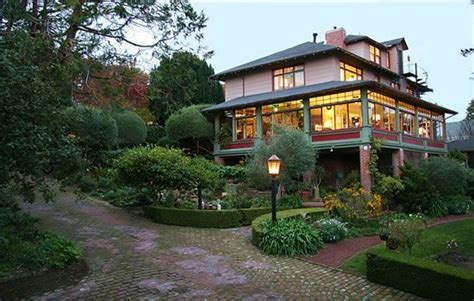 Bed And Breakfast In Monterey Ca by The Jabberwock Inn Monterey Ca B B Reviews