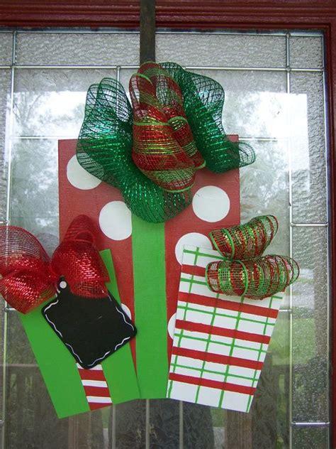 how to make a christmas door hanging on youtube yard yard decor door hangers yard and front doors