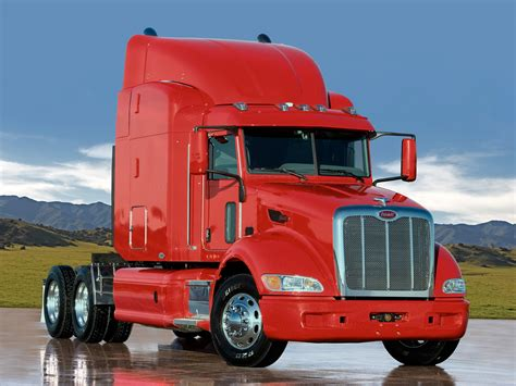 peterbilt semi trucks peterbuilt peterbilt 386 photos reviews news specs