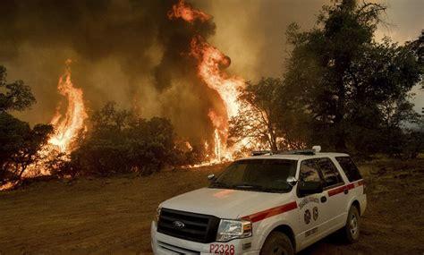 brucia ancora testo la california brucia ancora oltre 8 mila persone