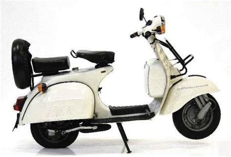 Modifikasi Vespa 1977 by Bajaj Chetak 4 Stroke Reviews Price Specifications