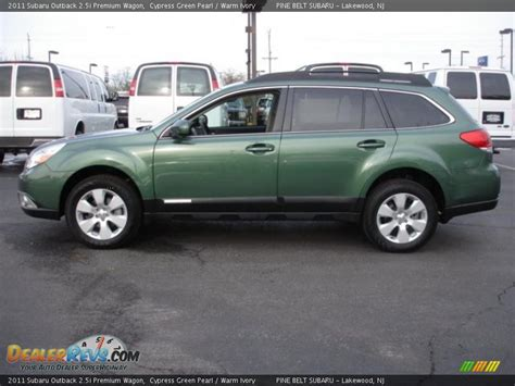 2011 subaru outback 2 5i premium wagon rare 6 speed manual for sale in saskatoon 2011 subaru outback 2 5i premium wagon cypress green pearl warm ivory photo 9 dealerrevs com