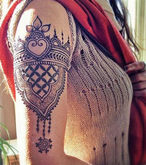 henna tattoos essen henna die 20 sch 246 nsten ideen f 252 r arm