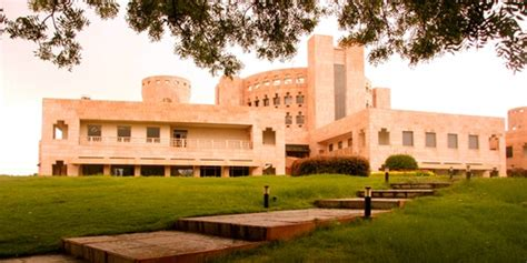 Isb Mba Fees 2013 by Indian School Of Business