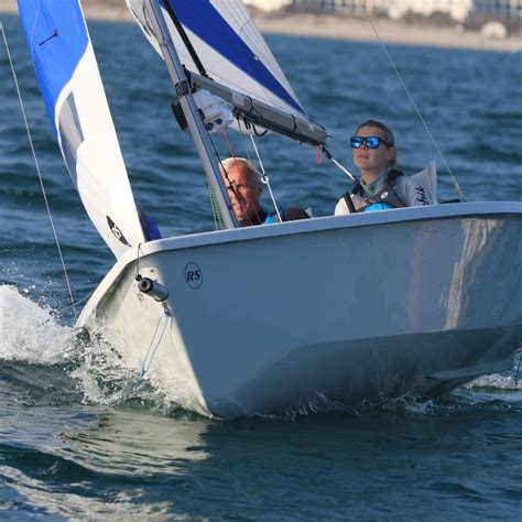 sailboat manufacturers ventureconnect rs sailing the world s largest small