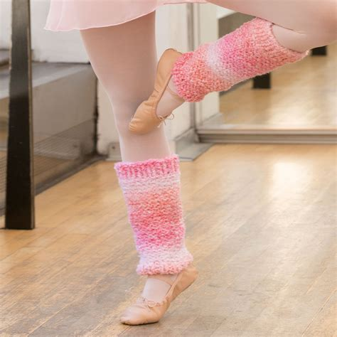 pink pattern leg warmers shades of pink leg warmers red heart