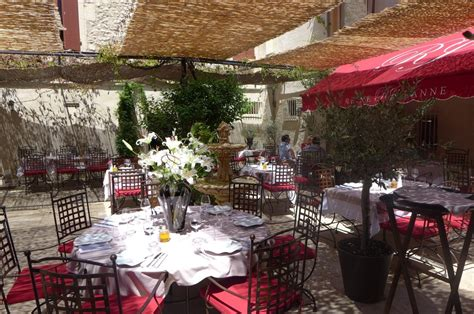 salon de provence restaurants