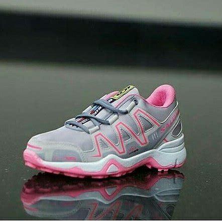 Fashion Sepatu Sneakers Model Baru jual beli sepatu adidas salomon cewek sepatu murah dan