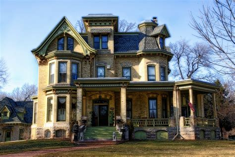 what to know about building a home everything you need to know about buying a historic home