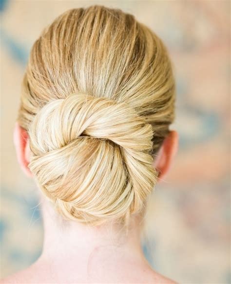 Garden Wedding Hairstyles For Bridesmaids by Wedding Hairstyles Easy Bun Updos For Bridesmaids
