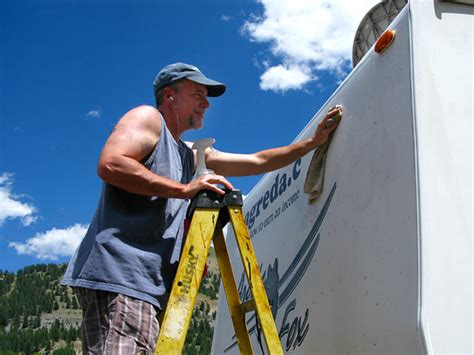 removing boat lettering how to remove old rv vinyl lettering graphic ghost images