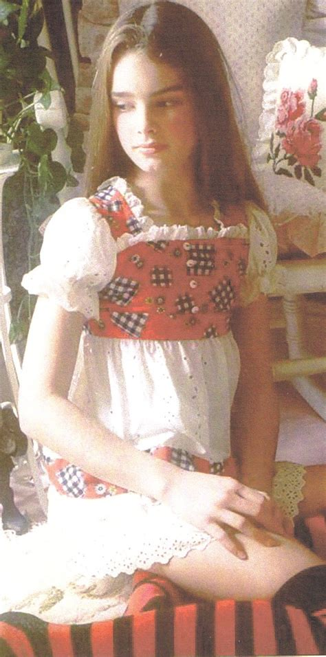brooke shields child bathtub pin young brooke shields on pinterest