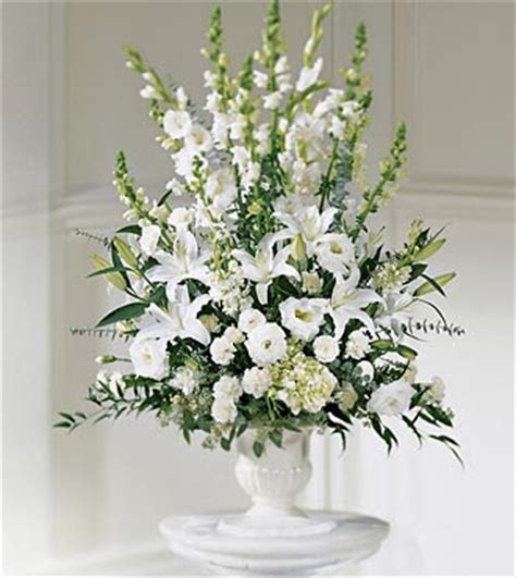 Hochzeit Blumenschmuck by Beautifull Flowers 2011 White Wedding Flower Arrangements