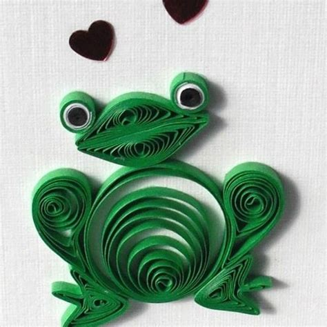 quilling origami tutorial ok not a fan of quilling but this is cute crafting