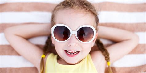 wearing sunglasses all the cool wear sunglasses njoy vision