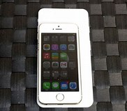 Image result for What is the difference between iPhone 5S and iPhone 6?. Size: 182 x 160. Source: www.geeky-gadgets.com