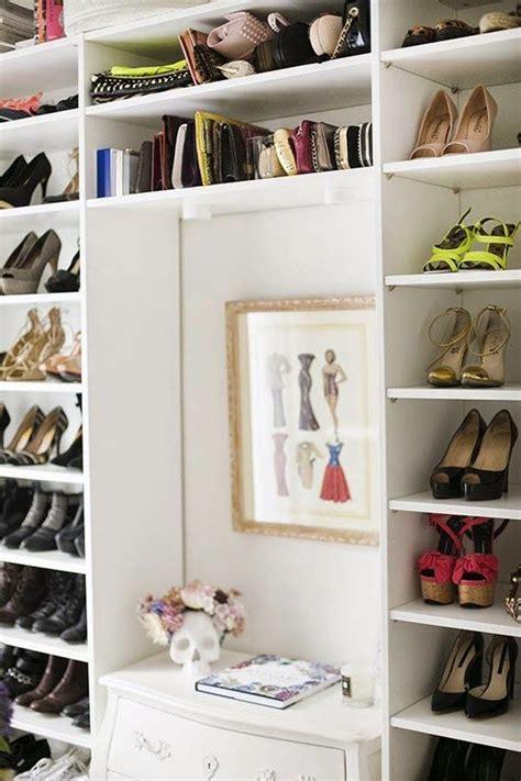 vestidor zapatos vestidor blanco de ikea con baldas para bolsos y zapatos