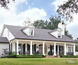 colonial style homes top 25 best colonial style homes ideas on pinterest