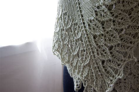 how to knit a shawl how to knit a blanket from a shawl pattern tricksy