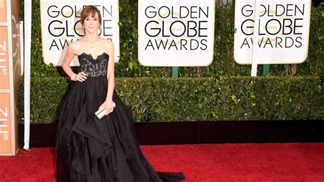 I Stuff Live Blogs The Golden Globes by The Golden Globes In 140 Characters Or Less Hlntv