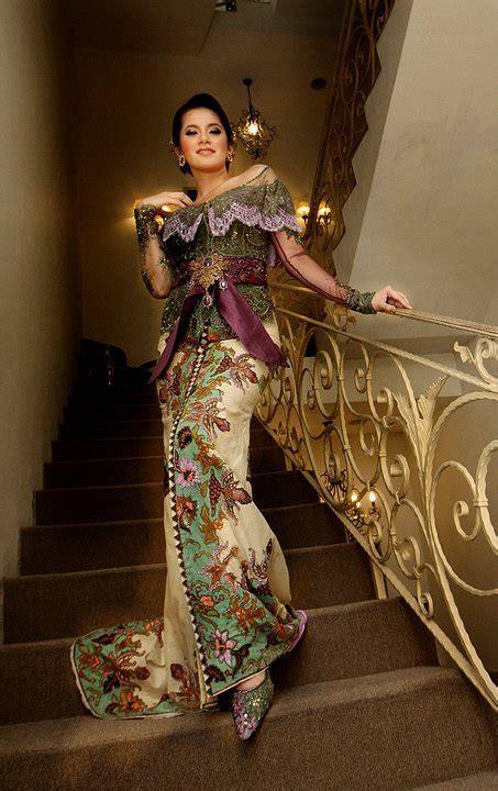 design kebaya batik modern kebaya modifikasi mahesa wedding kebaya