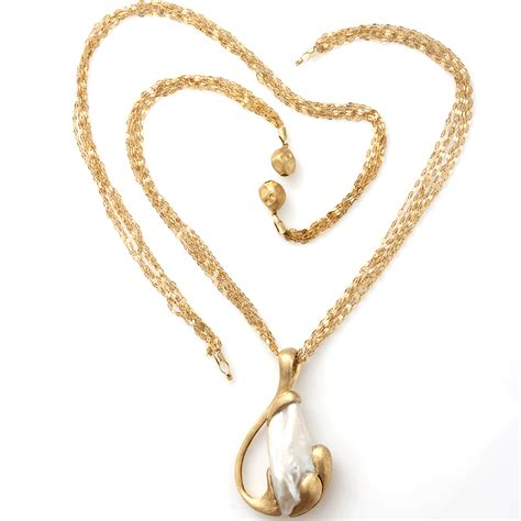 pearl pendants for jewelry yvel freshwater pearl pendant necklace in gold ylwgold