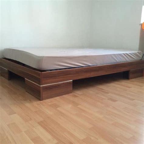 futon zu verkaufen futon bettgestell 140x200 in holzoptik in regensburg