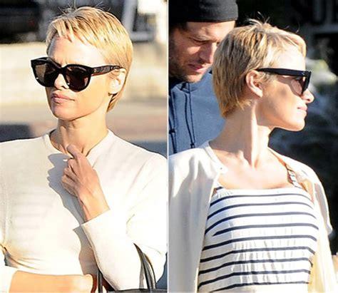 pamela anderson loses pixie cut pamela anderson wears extensions pamela sue anderson haircut haircuts models ideas