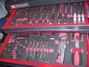 Servante Atelier Avec Outils