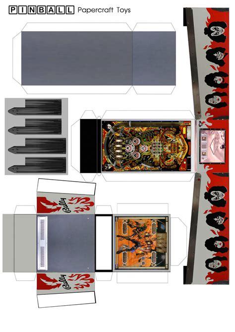 Paper Craft Machine - pinball machine papercraft template by misterbill82