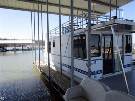 catamaran cabin cruisers for sale 2002 used catamaran cruisers 35 house boat for sale