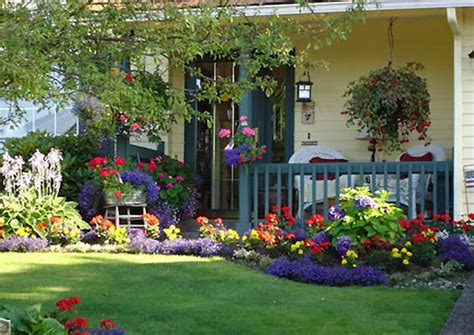Front Porch Garden Ideas Front Yard Landscaping 13 Amazing Ideas For Small Front Yards