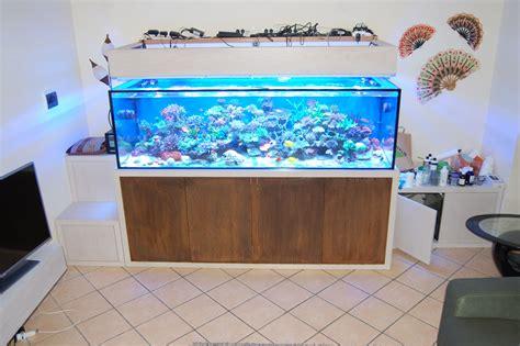 mobili per acquario mobile per acquario realizzato su misura in legno e corten