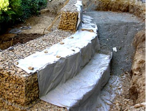 Landscape Fabric Retaining Wall Low Cost Drainage For Retaining Wall Systems Pipe Price Nz