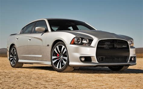 2012 Charger Srt 2012 dodge charger srt8 test motor trend