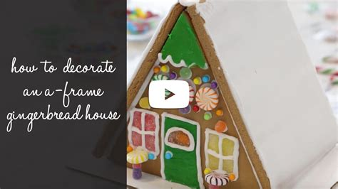 How To Decorate A Gingerbread House by Gingerbread House Decorating Ideas Wilton