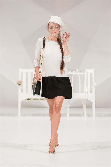 Trend Pattern En Español | fotos gratis ni 241 a mujer hembra modelo primavera