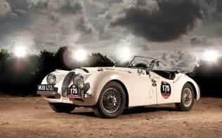 Jaguar Vintage Free Jaguar Vintage Classic Car Wallpaper In