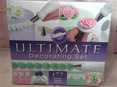 Ultimate Cake Decorating Kit by Wilton Ultimate Cake Decorating Set Review Three