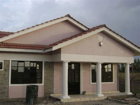 Three Bedroomed Bungalow House Plans by Small Three Bedroom Villa Three Bedroom Bungalow House