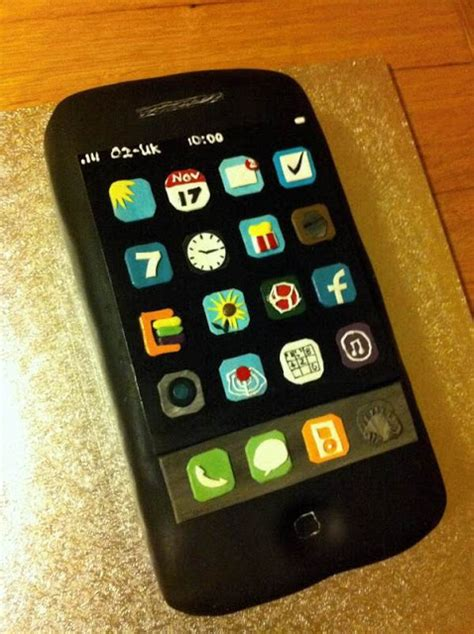 Surprised Her Husband With Phone  Cake In His  Ee  Birthday Ee