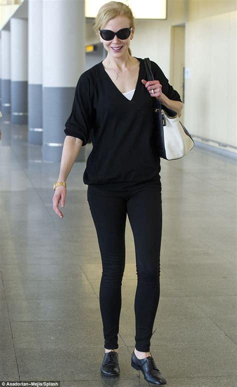 Slim Allblack New Arrival kidman dresses in a basic ensemble as she