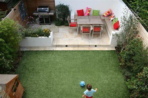 Small House Gardens   Home Design