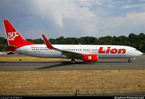 airasia vs lion lion airlines com picture and images