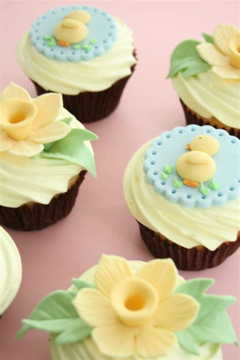 cupcakes decorated with easter toppers cakejournal com