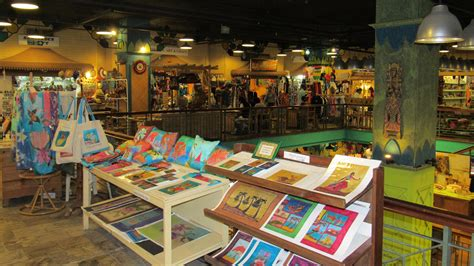 craft markets le caudan waterfront arts and crafts market