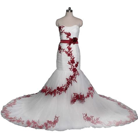 Top 10 Best Red & White Wedding Dresses   Heavy.com